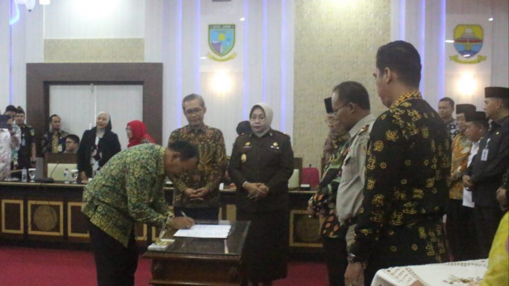 Photo of Wabup Amir Hadiri Penandatanganan MoU Optimalisasi Penerimaan Pajak Pusat Dan Daerah