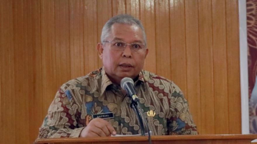 Photo of Bupati Safrial Ingatkan Kades Sebagai Garda Terdepan Peningkatan PAD
