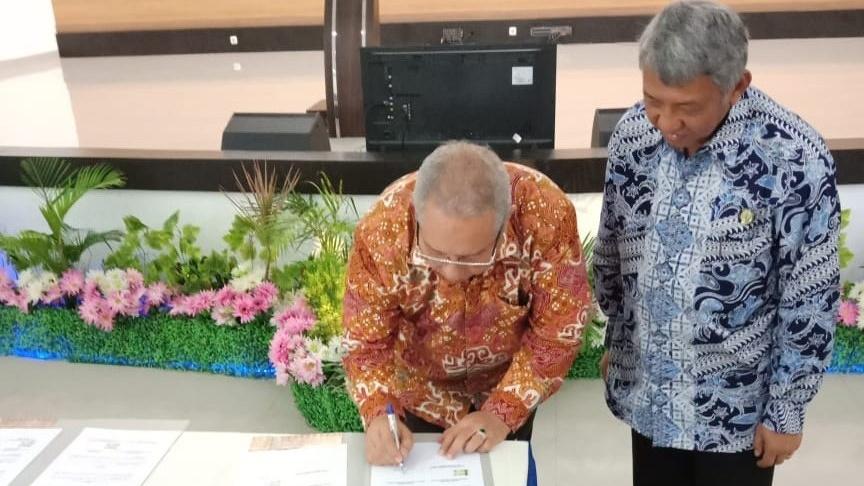 Photo of Pemkab Jalin MoU Dengan PEM Akamigas Cepu