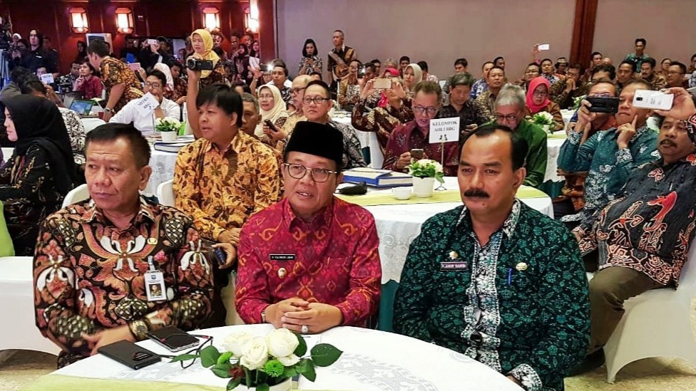 Photo of Pemkab Tanjab Barat Komitmen Pelestarian Lahan Gambut