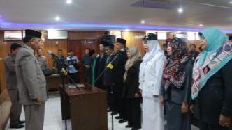 Photo of Wabup Amir Sakib Lantik Pejabat Eselon IV