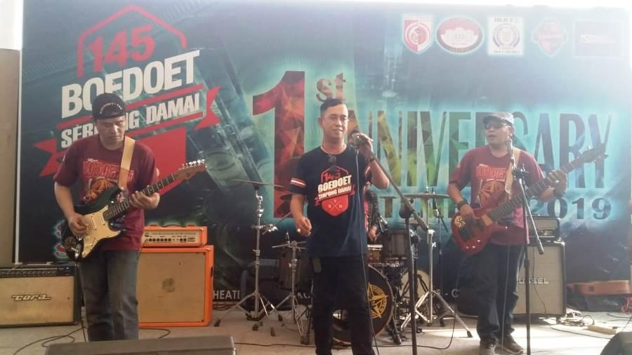 Photo of Ngupi Barenk Band Meriahkan Anniversary Boedoet Serpong Damai