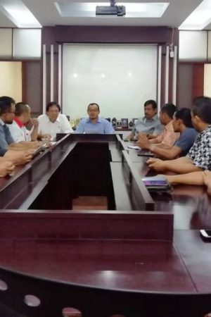 Pedagang Mie Ayam dan Bakso Tantang Anggota Dewan