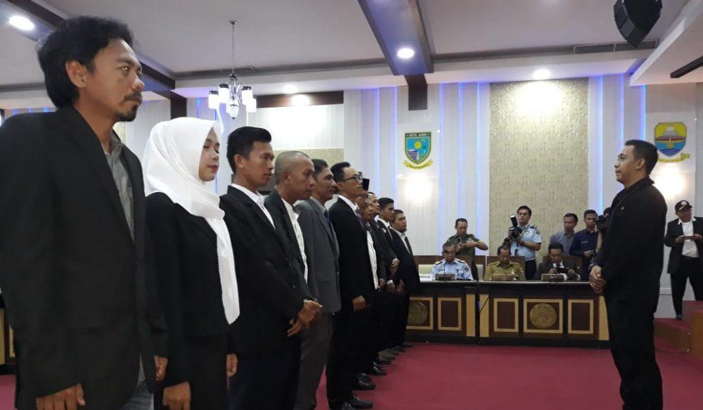 Photo of Resmi Dikukuhkan, DPC AWI Kabupaten Tanjab Barat Siap Perangi Hoax