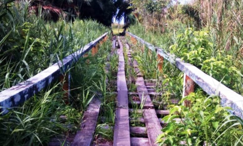 Warga Samatiga Berharap Jembatan Penghubung Diperbaiki