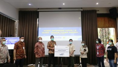 Photo of Satgas Covid-19 BUMN Jawa Barat Salurkan Bantuan di 11 Wilayah