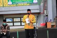 Photo of Tri Adhianto Lepas Kafilah MTQ XXXVI di Stadion Patriot Chandrabaga