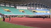 Apel gabungan Operasi Ketupat Jaya yang dilakukan Pemerintah Kota Bekasi bersama Tiga Pilar di Stadion Patriot Chandrabaga, Kota Bekasi, Rabu (5/5/2021).