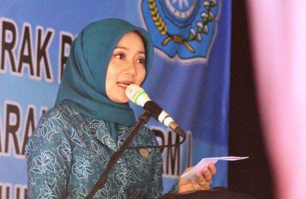 Photo of Atalia Praratya Ridwan Kamil Bacakan Pantun untuk Kota Bekasi