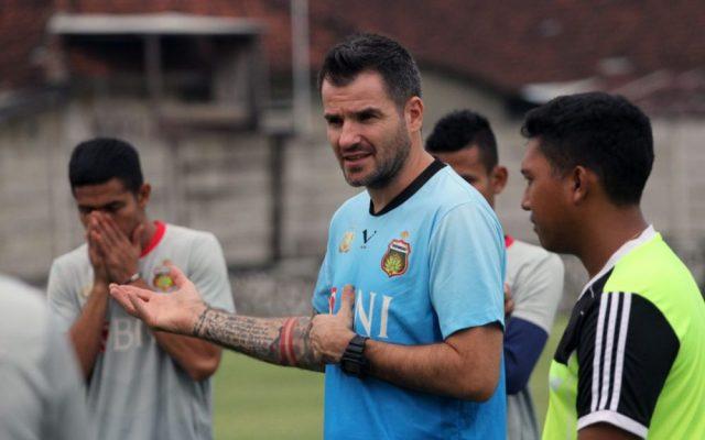 Photo of Ditinggal Nikah, Bhayangkara FC Kehilangan Pemain Lawan Barito Putera