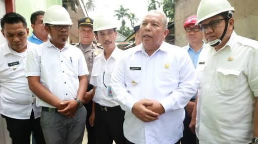Photo of Usia 53 Tahun, Tanjab Barat Salurkan Air Bersih Kepada Masyarakat Ulu