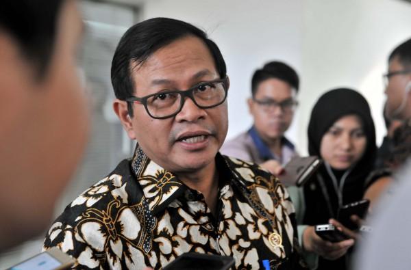 Photo of SoalFull Day School, Pramono Anung: Bukan Dibatalkan Tapi Diperkuat