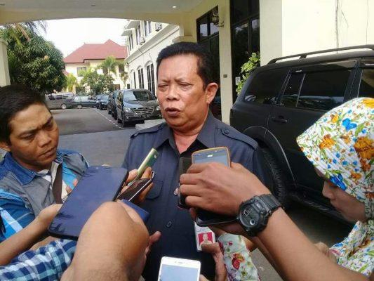 Photo of Diduga Karena Tertekan, Kepala Dinas PUPR Adang Mundur dari Jabatannya
