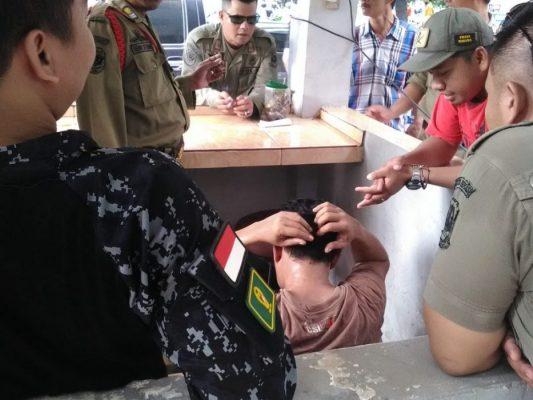 Photo of Kepergok Warga di Car Free Day, Seorang Copet Diamuk Massa di Bekasi