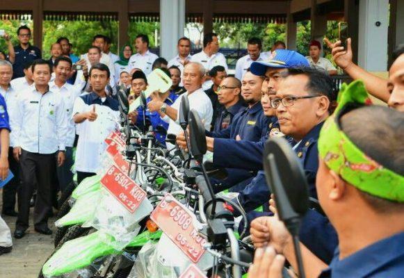 Photo of Asik… Karang Taruna Kecamatan Kota Bekasi Dapat Jatah Motor Dinas