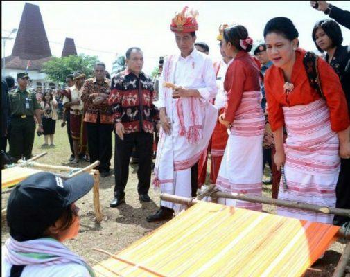 Photo of Jaring Wisatawan, Jokowi Minta Keunikan Budaya Dikelola Secara Efektif