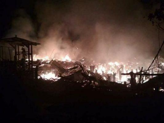 Photo of Kampung Nelayan Kualatungkal Kebakaran, 13 Bangunan Ludes Dillalap Api
