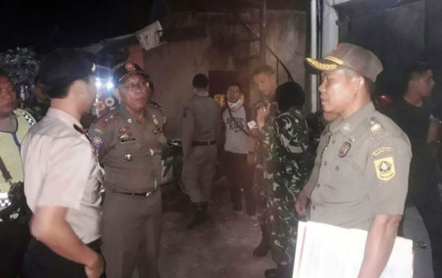 Photo of Penjual Miras di Klapanunggal Digerebek Satpol PP