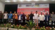 Para petinggi partai politik di Kota Bekasi berfoto bersama usai melakukan diskusi publik mencari Walikota Bekasi. Foto: Sng/Suarapena.com