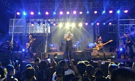 Photo of Jadi Motivasi, PADI Reborn Live Concert di Revo Town Bekasi