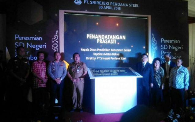 Photo of Peduli Pendidikan, PT Srirejeki Perdana Steel Salurkan CSR Pendidikan