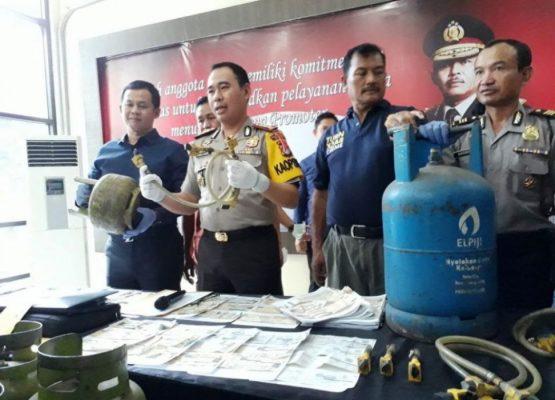 Photo of Polisi Bongkar Sindikat Pemalsu STNK di Bekasi