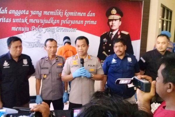 Photo of Polres Metro Bekasi Amankan Pengoplos Tabung Gas Elpiji