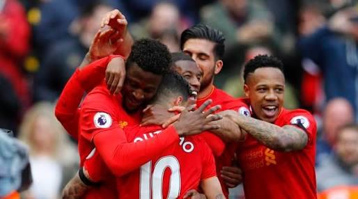 Photo of Naik Peringkat, Liverpool Taklukkan Everton dengan Skor 3-1