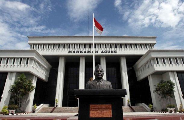 Photo of MA Tegaskan tak Ada Kekebalan Hukum Pelapor Tindak Pidana