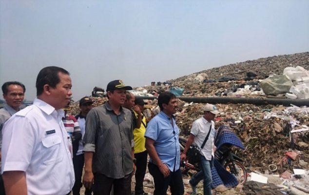Photo of DPRD Kota Bekasi Minta Pemprov DKI Cari Lahan Penampungan Sampah Lain, Jika…