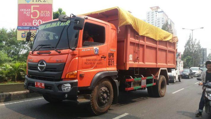 Photo of Bau! Distribusi Sampah DKI Jakarta Masih Dikeluhkan Warga Bekasi